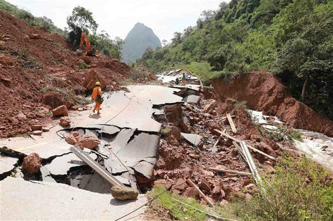 Giao thông Quảng Bình thiệt hại nặng do mưa lũ Ảnh 5