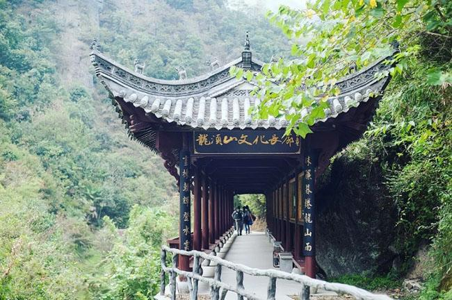 Cảnh quan trên đỉnh ngọn núi được ví như ''thiên đường đi bộ đường dài'' Ảnh 3