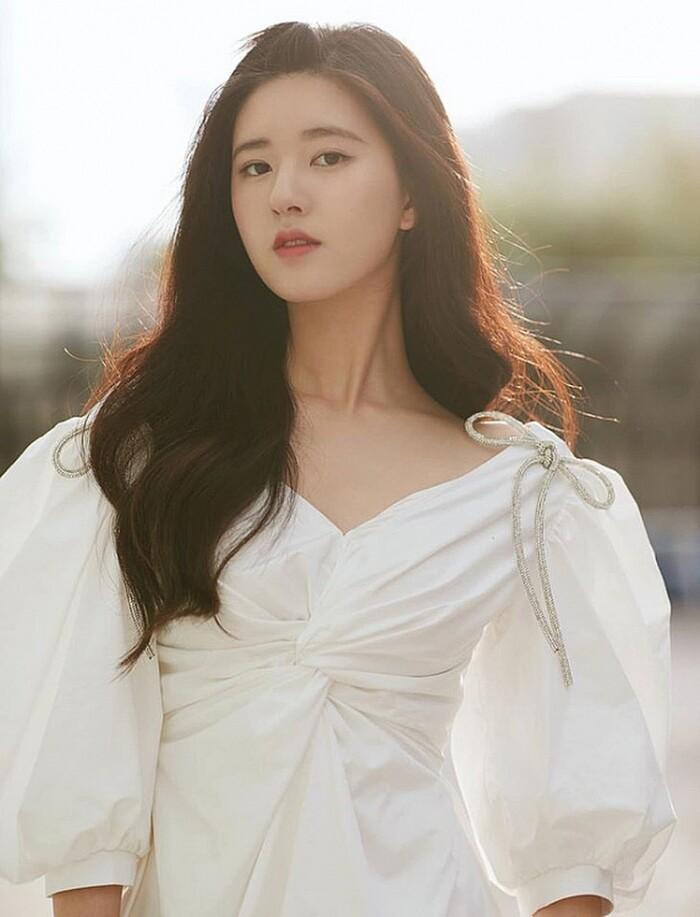 Top 50 gương mặt xinh gái nhất châu Á 2020 tháng 9: Sao Hàn áp đảo sao Hoa ngữ! Ảnh 48