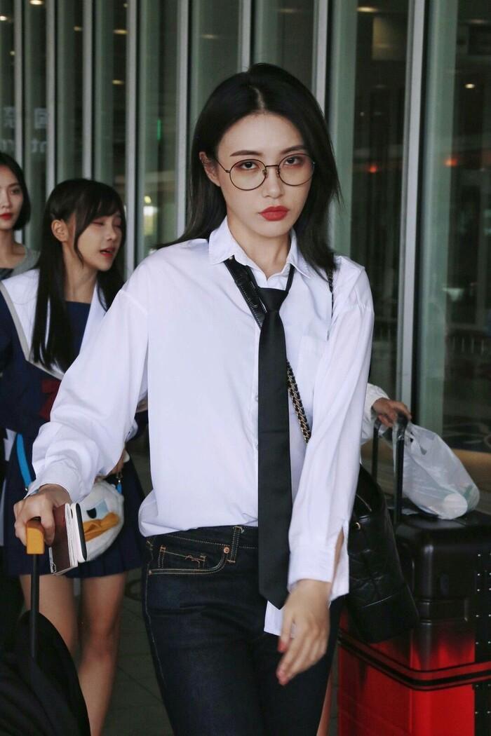 Top 50 gương mặt xinh gái nhất châu Á 2020 tháng 9: Sao Hàn áp đảo sao Hoa ngữ! Ảnh 2