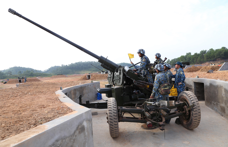 Bế mạc diễn tập chiến thuật phân đội Pháo Phòng không Ảnh 1