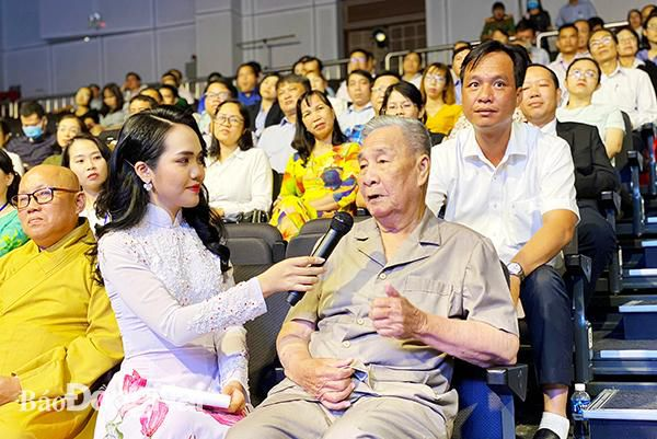 Giao lưu điển hình tiên tiến dự Đại hội thi đua yêu nước tỉnh Đồng Nai lần thứ VI Ảnh 2