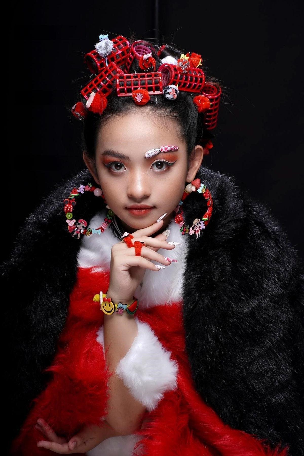 Mẫu nhí Nguyễn Ngọc Khánh Phương khoe thần thái 'đỉnh cao' trong bộ ảnh mới Ảnh 4