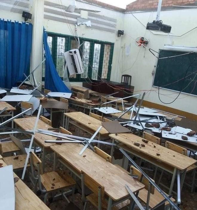 Trường học tại TP.HCM tốc mái sau cơn giông lốc Ảnh 3