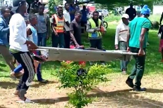 Đột kích trường học, nhiều giáo viên bị bắt cóc tại Cameroon Ảnh 1