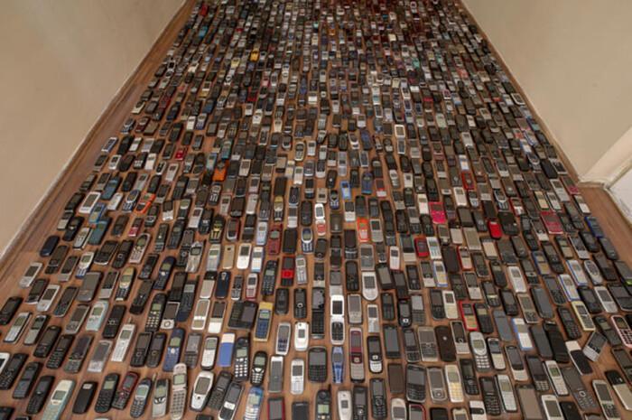 Người đàn ông dành 20 năm sưu tập hàng nghìn chiếc điện thoại cổ Ảnh 4