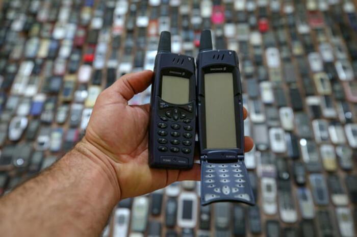 Người đàn ông dành 20 năm sưu tập hàng nghìn chiếc điện thoại cổ Ảnh 9