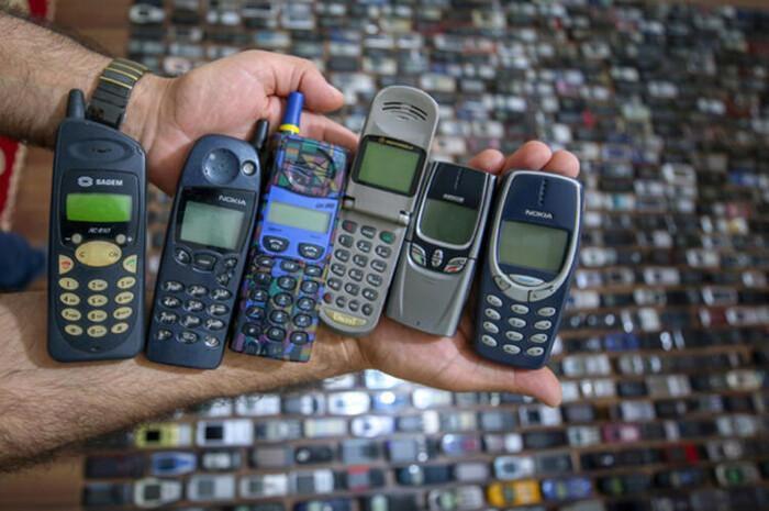 Người đàn ông dành 20 năm sưu tập hàng nghìn chiếc điện thoại cổ Ảnh 10