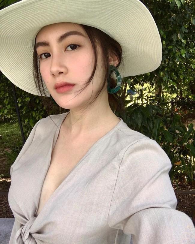 'Hot girl Lào' sang chảnh và xinh đẹp sau 4 năm nổi tiếng Ảnh 19