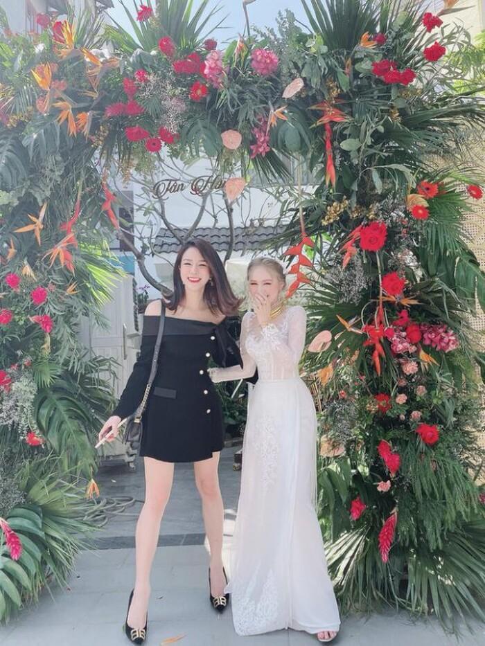 Xoài Non và Diệp Lâm Anh là cặp 'chị dâu em chồng' chiếm spotlight nhất ngày hôm nay Ảnh 4