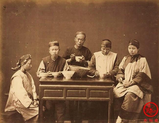 'Soi kỹ' cuộc sống và con người Trung Hoa cuối thời nhà Thanh Ảnh 2