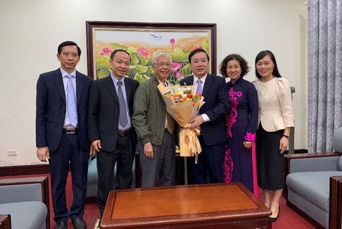 Hà Nội tổ chức nhiều hoạt động tri ân nhà giáo Ảnh 1