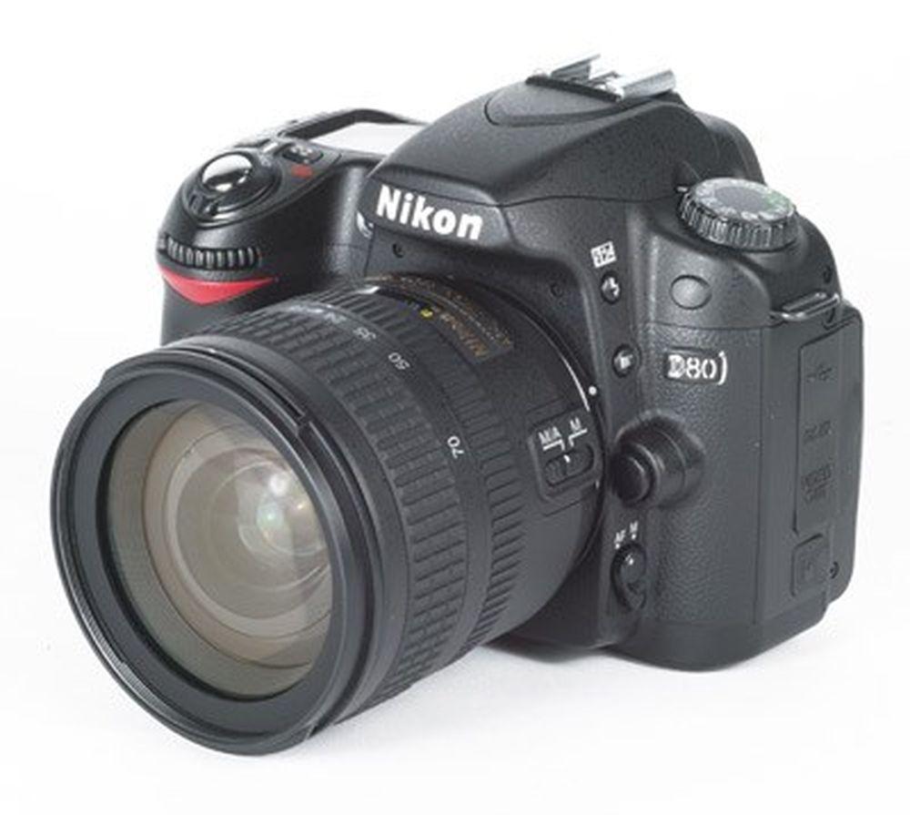Nikon D80, giá tham khảo khoảng 6 triệu đồng: Máy ảnh DSLR giá rẻ Nikon D80 phù hợp với những người mới bắt đầu lẫn những nhiếp ảnh gia chuyên nghiệp.