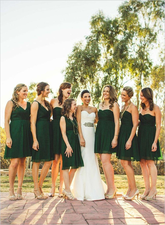 Kết quả hình ảnh cho trang phục phù dâu cùng tone màu với áo cưới cô dâu