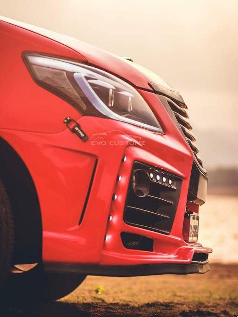 Cận cảnh Toyota Innova độ Lexus giá chỉ 70,4 triệu - Báo Kiến Thức