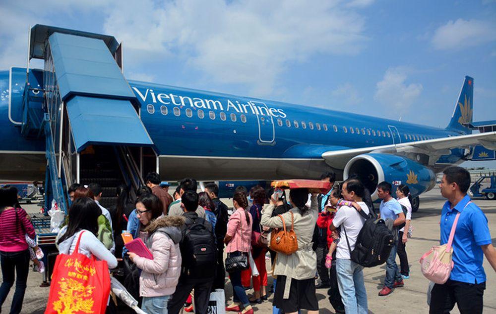 Hàng không tăng cường thêm 7 chuyến bay dịp cận Tết - Báo Kinh Tế ...