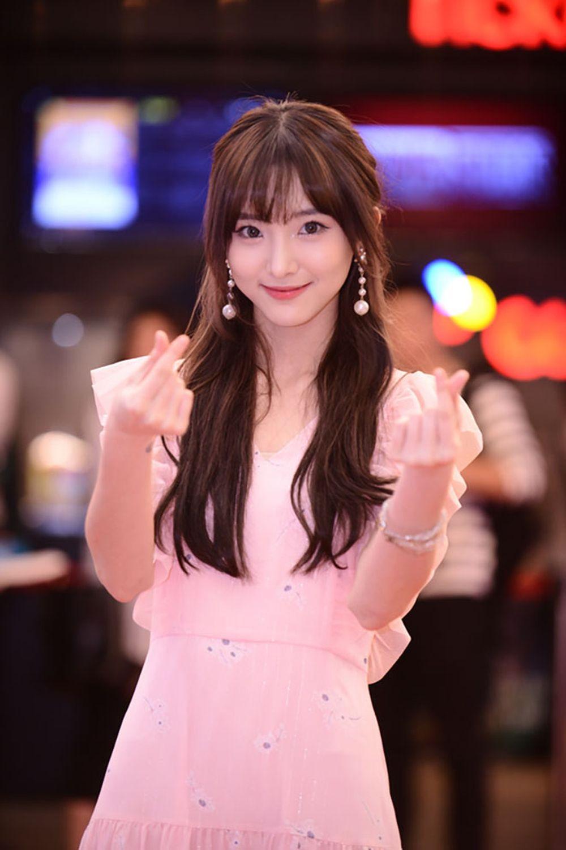 Diễn viên gốc Thái - Nene, sinh năm 1995.