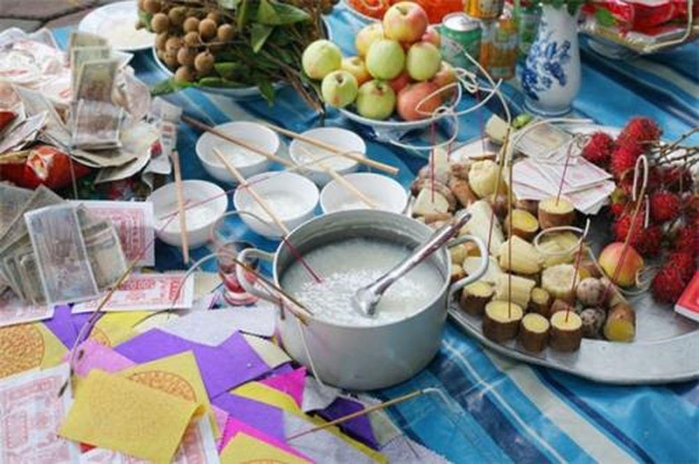 Văn khấn rằm tháng 7 tại nhà theo chuẩn phong tục Việt Nam