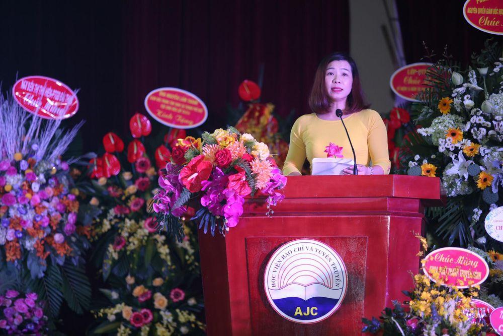 Pgs.Ts. Nguyễn Thị Trường Giang Phát Biểu Tại Buổi Lễ. Ảnh: Thế Anh