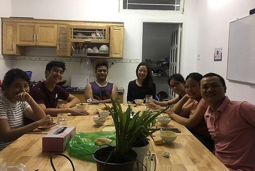 Tuần Lễ Vang Học Thử Tiếng Anh Miễn Phi Cung Tay Bao Cong Thương