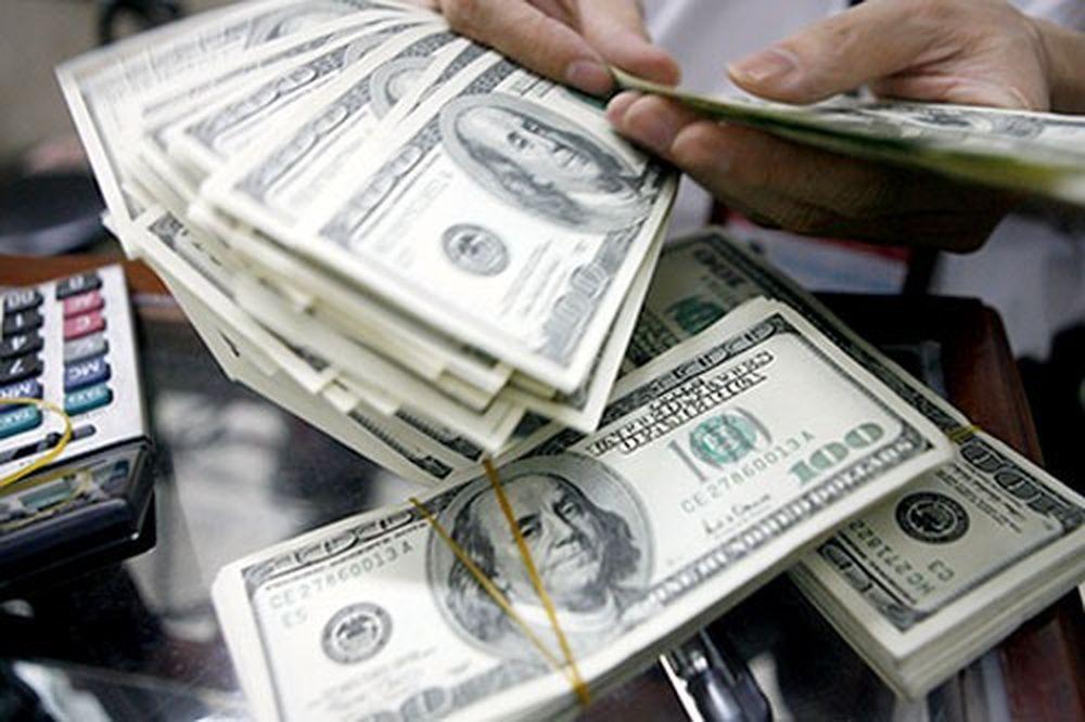 Tỷ giá ngoại tệ 6.12: Giá USD chợ đen ngược chiều ngân hàng