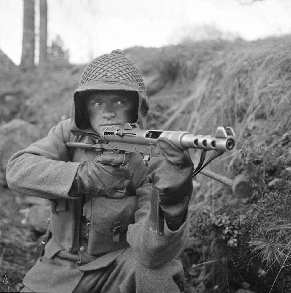 Vì sao lính lê dương Pháp tin dùng tiểu liên M/45 ở Việt Nam