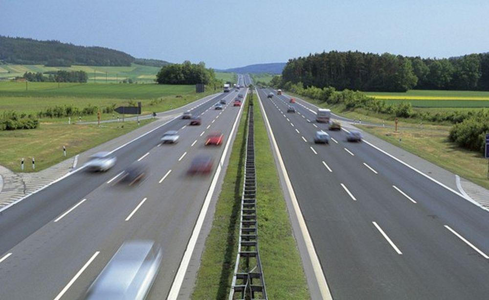 Lái xe trên đường cao tốc: 6 quy tắc 'sống còn' tài xế nào cũng phải thuộc  làu - Báo Gia Đình Việt Nam
