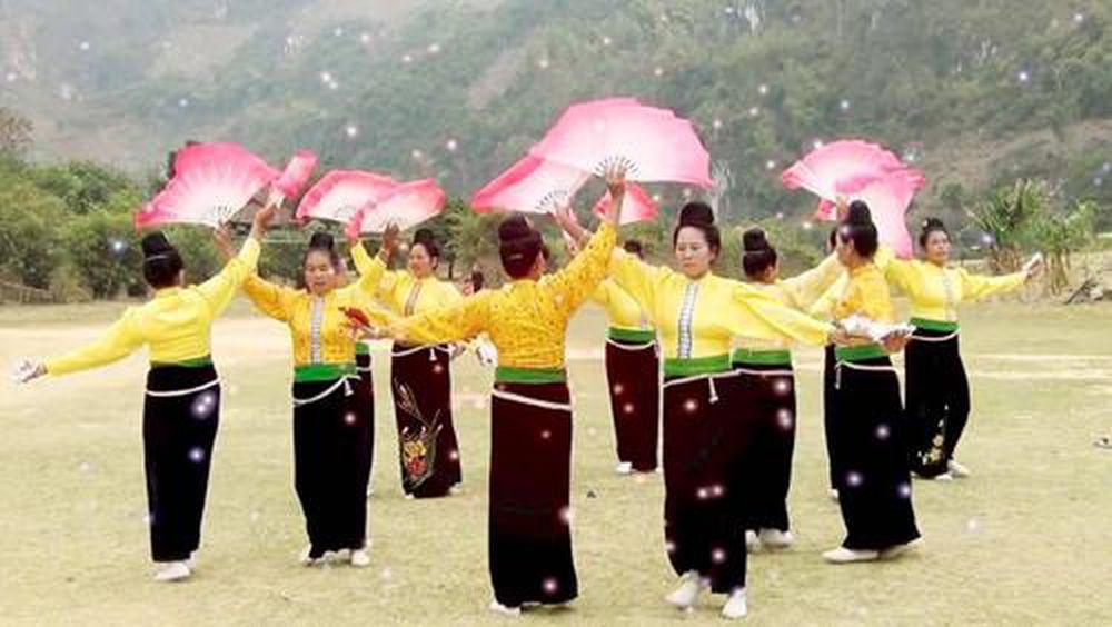 Múa xòe - điệu dân vũ cổ truyền của người Thái - Tạp Chí Văn Hiến ...