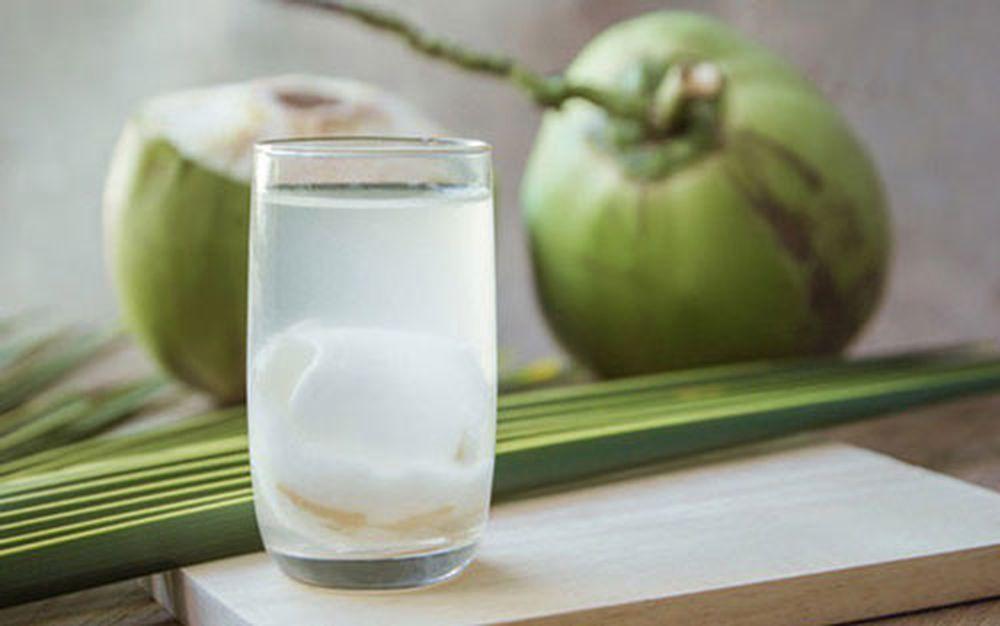 Uống nước dừa rất tốt cho sức khỏe nhưng nếu thuộc 6 nhóm người sau thì bạn  tốt nhất nên 'nhịn miệng' - Doanh Nghiệp Việt Nam