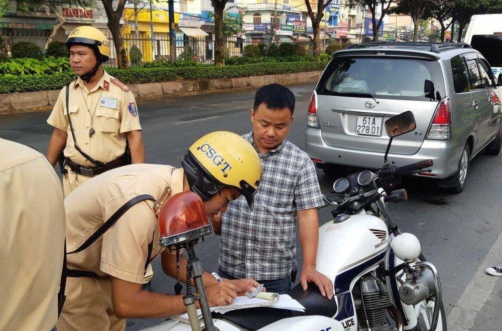 Mức phạt với lỗi không có giấy phép lái xe