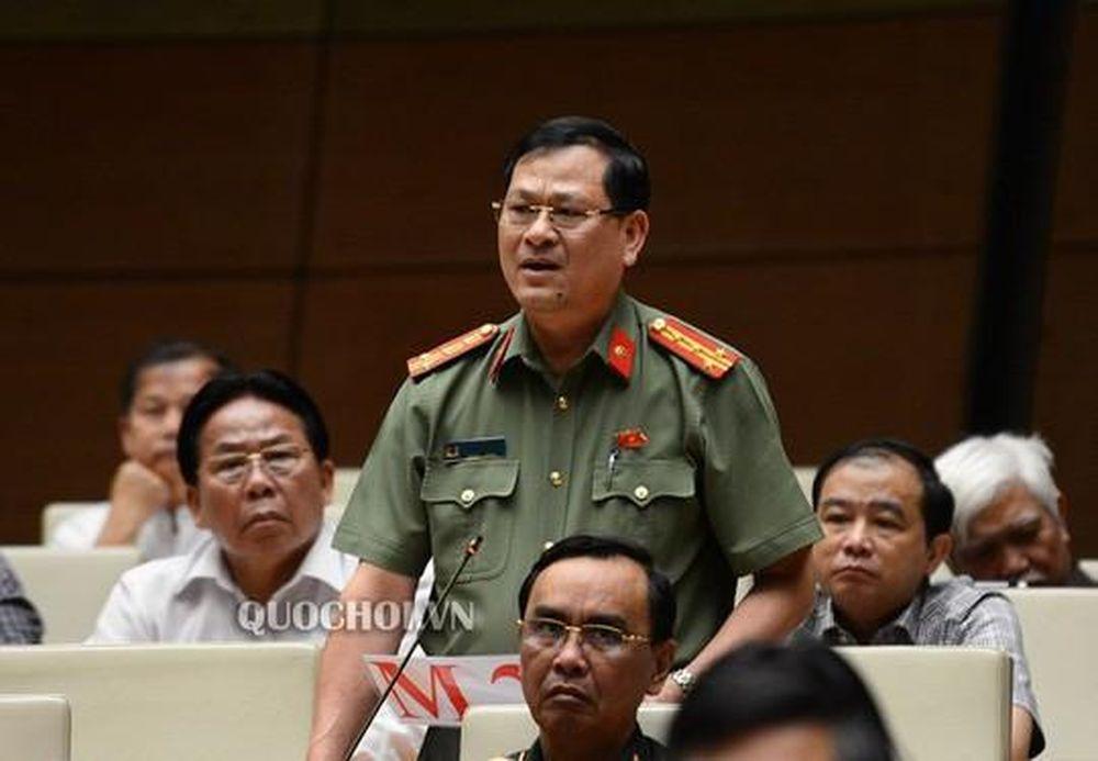Những Phat Ngon Lam Nong Nghị Trường Của Thiếu Tướng Nguyễn Hữu Cầu Bao Kiến Thức