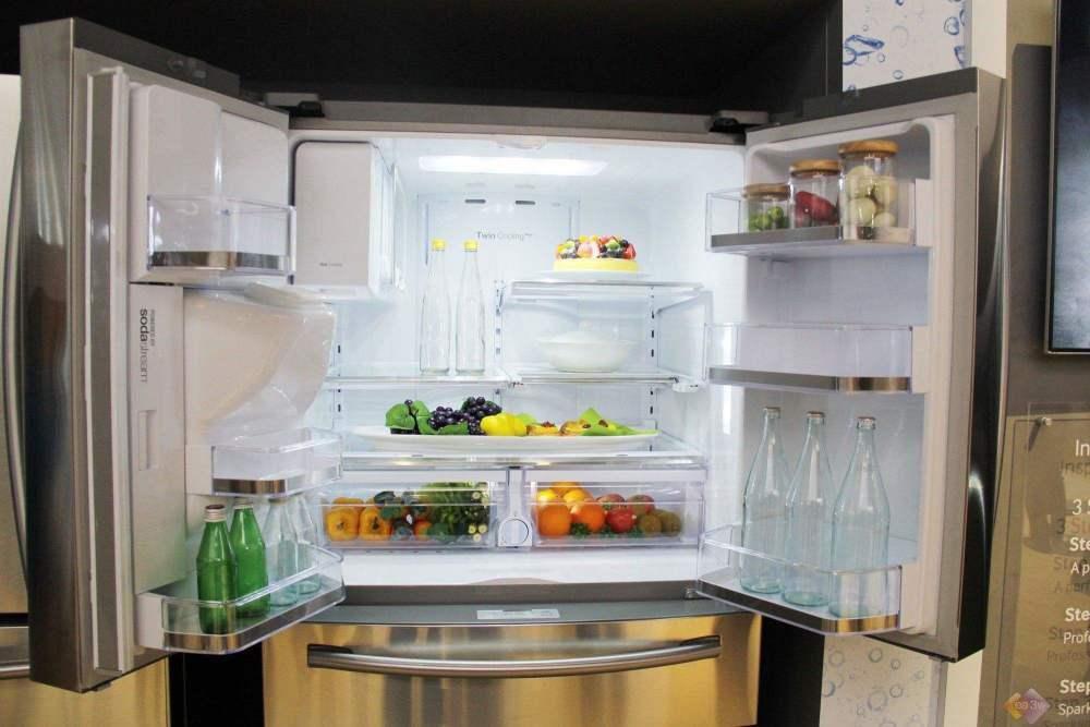Tủ lạnh là vật dụng 'bẩn' số 1 trong nhà bếp: Có 3 thứ thà bỏ đi chứ đừng  dại bảo quản kẻo gieo rắc ổ bệnh nguy hiểm - Báo Tổ Quốc