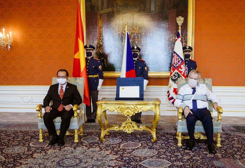 Tổng thống CH Séc đánh giá cao quan hệ hữu nghị truyền thống với Việt Nam