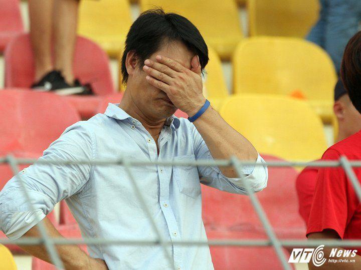 Một lần nữa, bóng đá Việt Nam phải dừng bước ở đấu trường SEA Games. Tiếc  hơn, khi đây là lứa cầu thủ mà người hâm mộ rất kỳ vọng.
