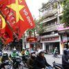 Hà Nội hừng hực khí thế cổ vũ đội tuyển Việt Nam