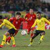 Sau ít ngày được xả trại về với gia đình, các tuyển thủ Việt Nam đã có mặt tập trung để bắt đầu chuẩn bị cho hành trình chinh phục ASIAN Cup. Sau những giải đấu thành công liên tiếp ở cả cấp độ khu vực và châu lục trong suốt một năm qua, tuyển Việt Nam đang mang theo rất nhiều kỳ vọng tiếp tục lập thêm một kỳ tích nữa tại Asian Cup 2019 ở Abu Dhabi (UAE) tới đây.