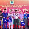 TPHCM: Hơn 4.000 công nhân nhận vé xe về quê ăn Tết