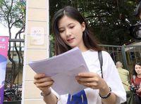 Nữ sinh khiến dân mạng 'săn lùng' sau buổi thi Văn vì quá xinh