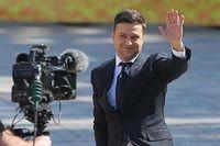 Tổng thống Ukraine Vladimir Zelensky quyết định giải tán Quốc hội