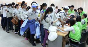 Doosan Vina tổ chức bán hàng gây quỹ từ thiện