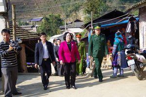 Chúc tết các đồn Biên phòng trên tuyến biên giới Lào Cai