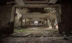 Kinh hãi bệnh viện tâm thần bỏ hoang ở Anh
