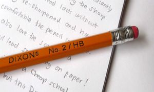 No.2 trên cây bút chì là biểu tượng cho điều gì?