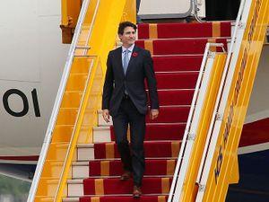 Thủ tướng Canada tới Hà Nội, bắt đầu thăm chính thức Việt Nam