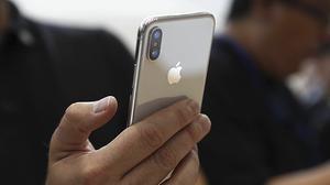 iPhone X có giá cả nghìn USD, nhưng bạn sẽ thấy bất ngờ với chi phí sản xuất của nó