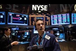 Chứng khoán Mỹ khởi sắc trước số liệu kinh tế khả quan