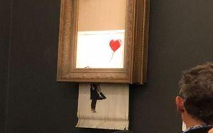 Bức tranh 'tự hủy' ngay sau khi được đấu giá khủng trước sự ngỡ ngàng của bao người