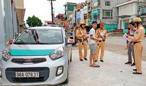Bắc Giang: Phạt nghiêm, taxi 'dù' hết 'đất diễn'