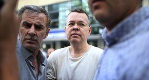Mỹ chấp nhận giảm áp lực kinh tế để Thổ Nhĩ Kỳ phóng thích mục sư Brunson