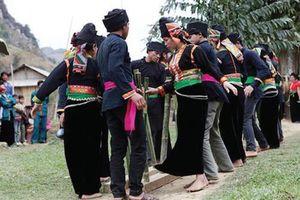 Cúng cơm mới - nghi thức tâm linh của người La Ha ở Sơn La